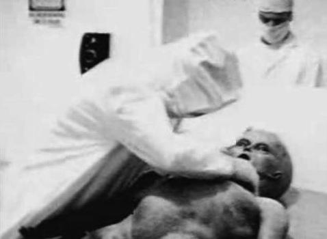 Autopsia de un alienígena
